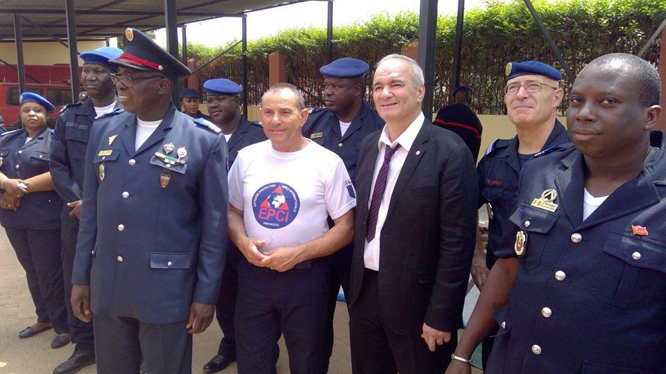 Coopération internationale: cérémonie de remise de dons à la Direction Générale de la protection civile.